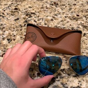 Ray ban aviator sunglasses blue frame / gold band